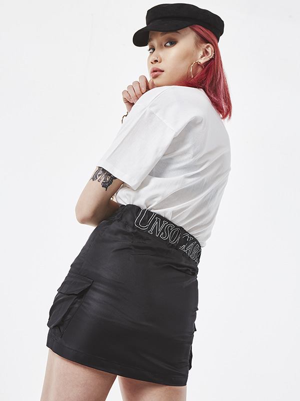 PROJECT -  UNSOCIAL COACH SKIRT (BLACK)