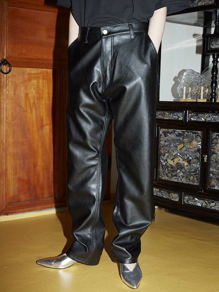 straight-fit leather black pants - men